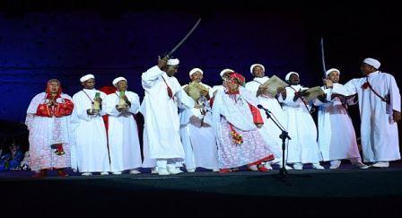 """انطلاق النسخة 49 لفعاليات المهرجان الوطني للفنون الشعبية بمراكش، تحت شعار """"تثمين وتحصين الموروث الثقافي الوطني """""""