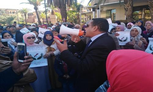 وقفة احتجاجية أمام محكمة الاستيناف بمراكش دعما للحقوقي محمد المديمي.