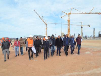 والي الجهة وعامل الإقليم في زيارة لمشاريع منارة المتوسط بالحسيمة