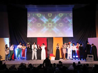 """فرقة """" تياترو"""" للمسرح في عرض استعراضي بخريبكة"""