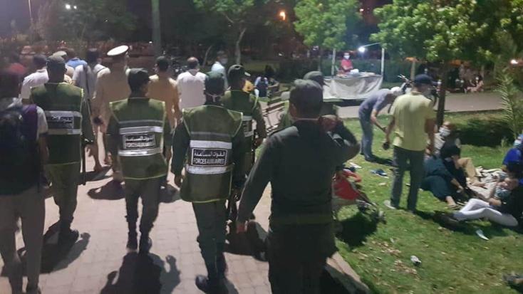 السلطات بمراكش، قررت انطلاقا من عشية يومه الجمعة 7 غشت، إغلاق الفضاءات والحدائق العمومية بالمدينة.