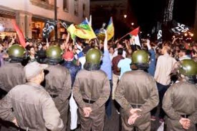 لجنة دعم حراك الريف تنظم احتجاجات أسبوعية وتقود قافلة تضامنية