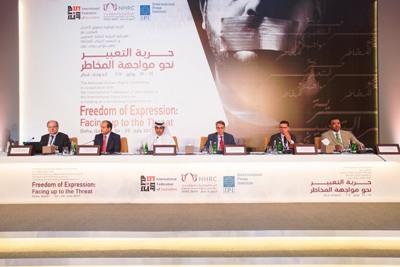 يونس مجاهد في قطر: لا يمكن التعامل مع حقوق الإنسان بشكل انتقائي  وسائل الإعلام لا يمكن أن تكون ناطقاً باسم الجماعات المتطرفة.