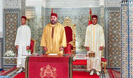 جلالة الملك يوجه خطابا ساميا إلى الأمة بمناسبة الذكرى ال 64 لثورة الملك والشعب