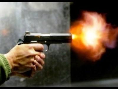 راكبي دراجة نارية يطلقان الرصاص على مقهى بمدينة مراكش ويلدان بالفرار والحصيلة قتيل وعدة جرحى .