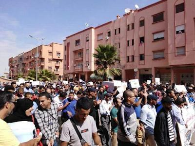 الساكنة تنتفض احتجاجا على الاهمال واللامبالاة في قطاع الصحة بابن جرير