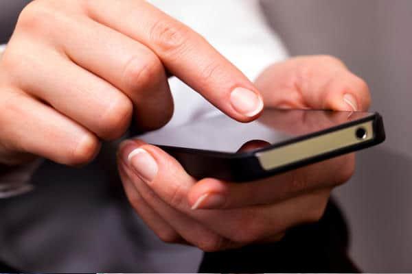 """إطلاق منصة هاتفية جديدة """"ألو 300"""" لتقديم الإرشادات الصحية"""