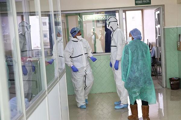 تسجيل 2521 اصابة جديدة بفيروس كورونا و1908 حالة شفاء و34 وفاة خلال 24 ساعة الأخيرة ببلادنا