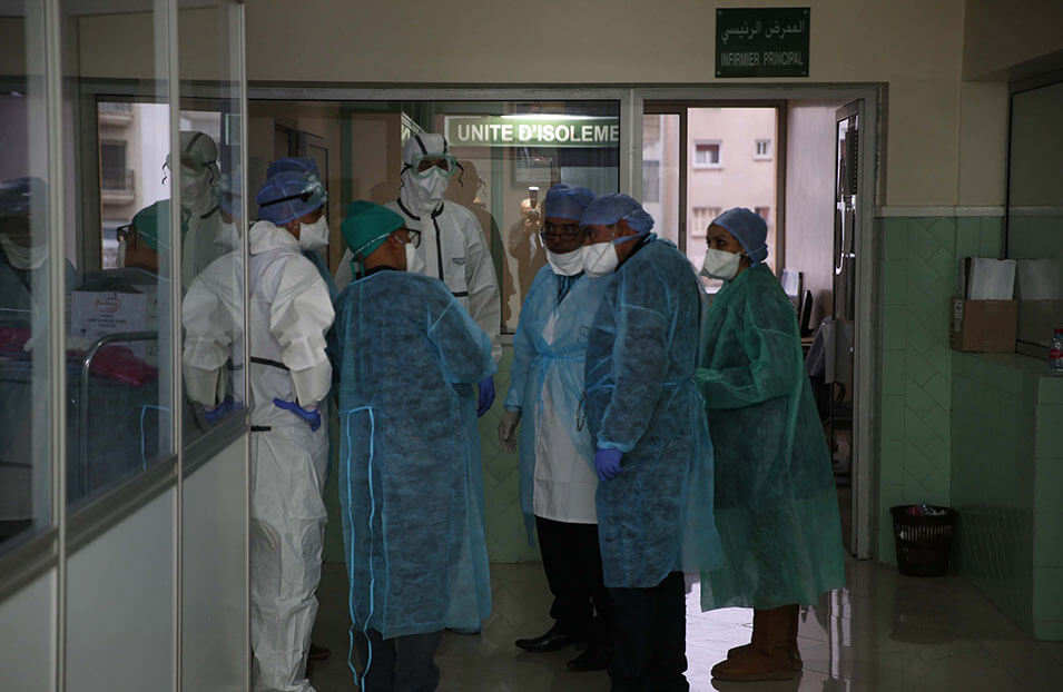 """المغرب يسجل أكبر حصيلة بكورونا خلال 24 ساعة الأخيرة """"5836 إصابة جديدة، 70 وفاة، 4602 حالة شفاء.....سجل منها بالرحامنة 16 حالة"""