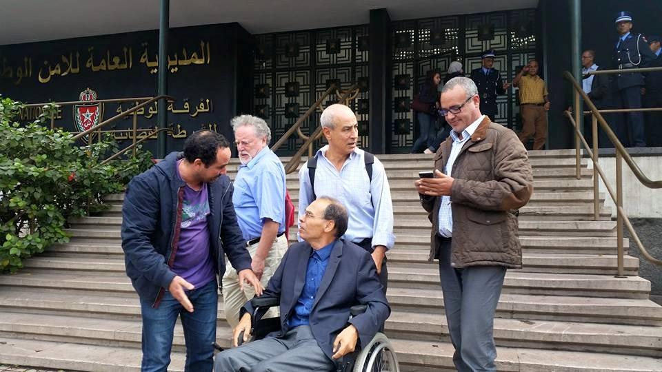 """366 شخصية عالمية و29 منظمة دولية تطالب بحرية منجب وإسقاط التهم """"الملفقة"""" إليه"""