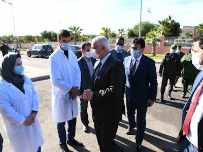 وزير الصحة وعامل إقليم الرحامنة في زيارة تفقدية لإحدى مراكز التلقيح بابن جرير