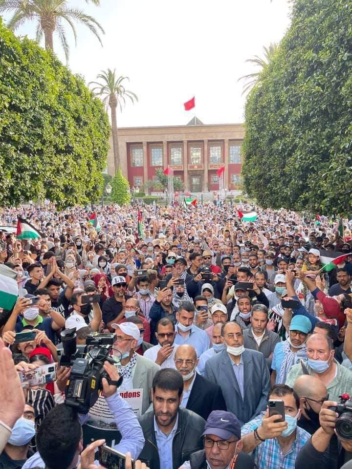 مغاربة ينتفضون من أجل فلسطين.. وقفات احتجاجية بأزيد من 40 مدينة