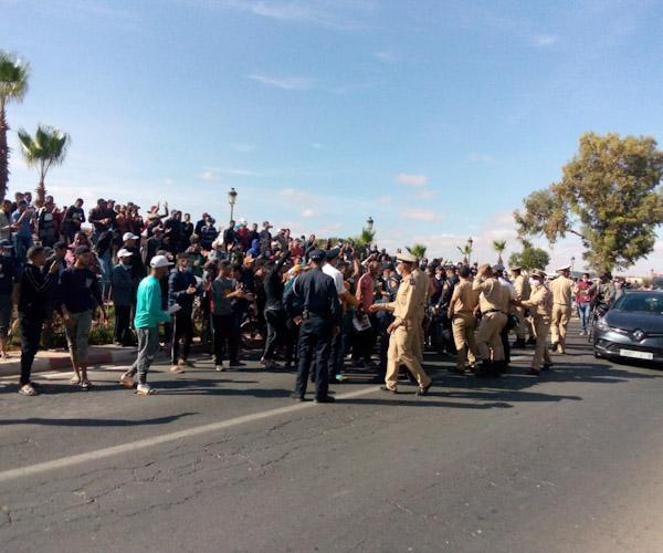 احتجاجات شباب مدينة ابن جرير المعطلين عن العمل...إلى أين؟