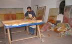 الفنان التشكيلي التباري كنتور يعرض لوحاته الفنية بمراكش