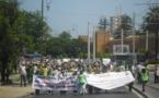 جماهير حاشدة من المعطلين أمام البرلمان - فيديو
