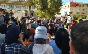 مواطنون يحتجون ضد إجبارية جواز التلقيح بعدة مدن.. وتدخل أمني وتوقيفات في الرباط